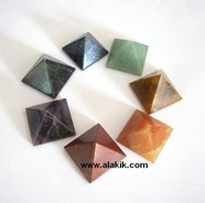 Picture of Chakra Pyramid Set