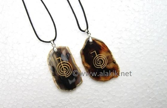 Picture of Agate Slice Choko Reiki engaved with cord