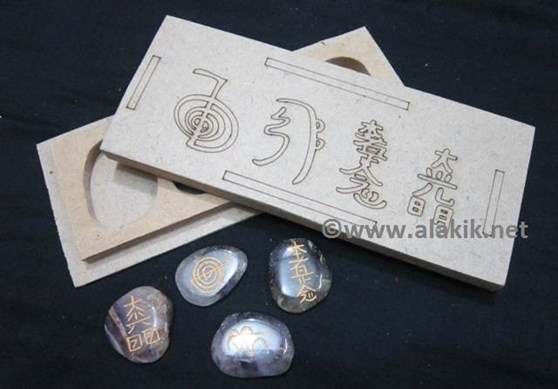 Picture of Amethyst USAI palmstone Set with Laser itch Box